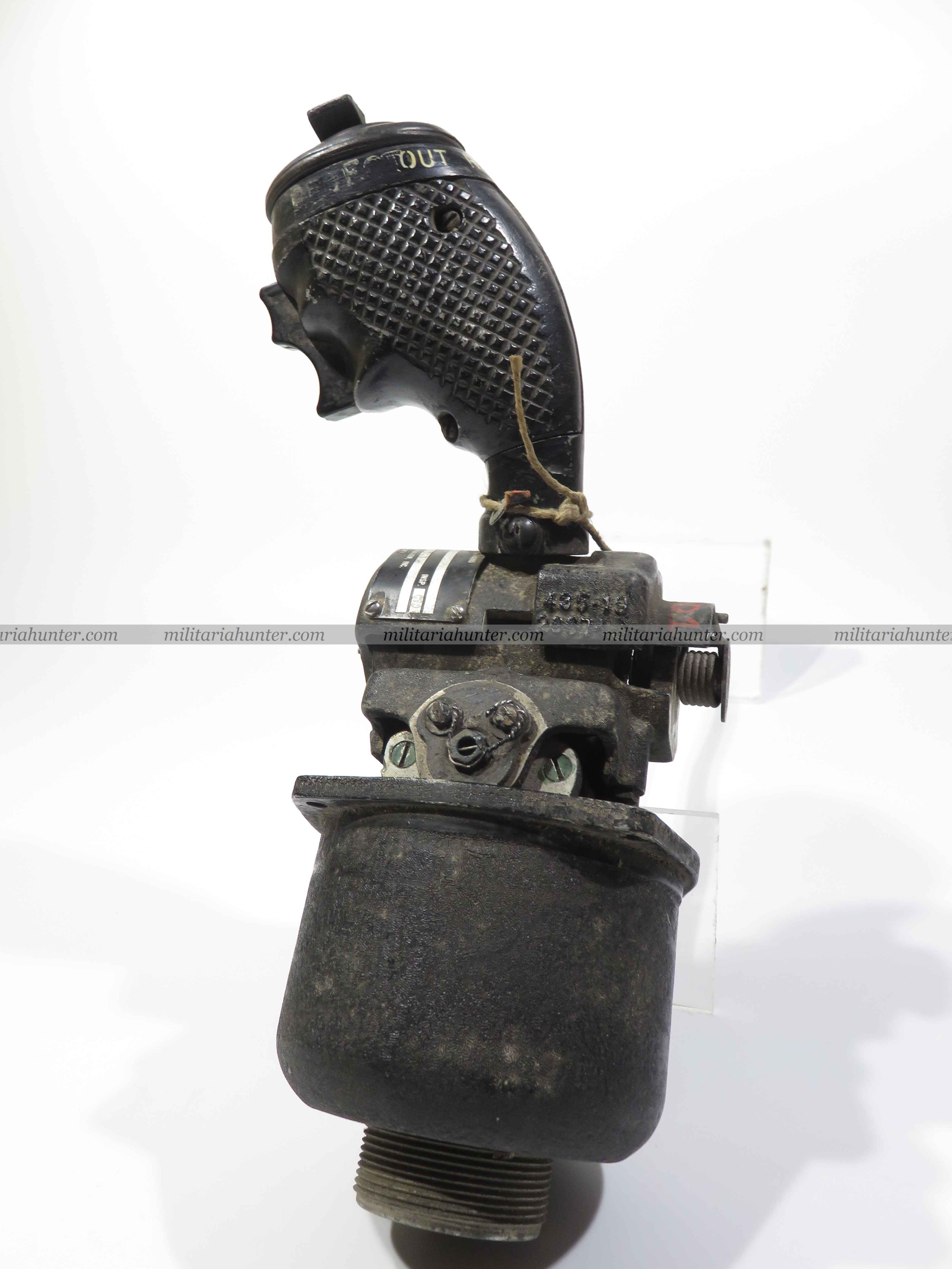 militaria : F86 sabre jet fighter E4 radar joystick grip control
