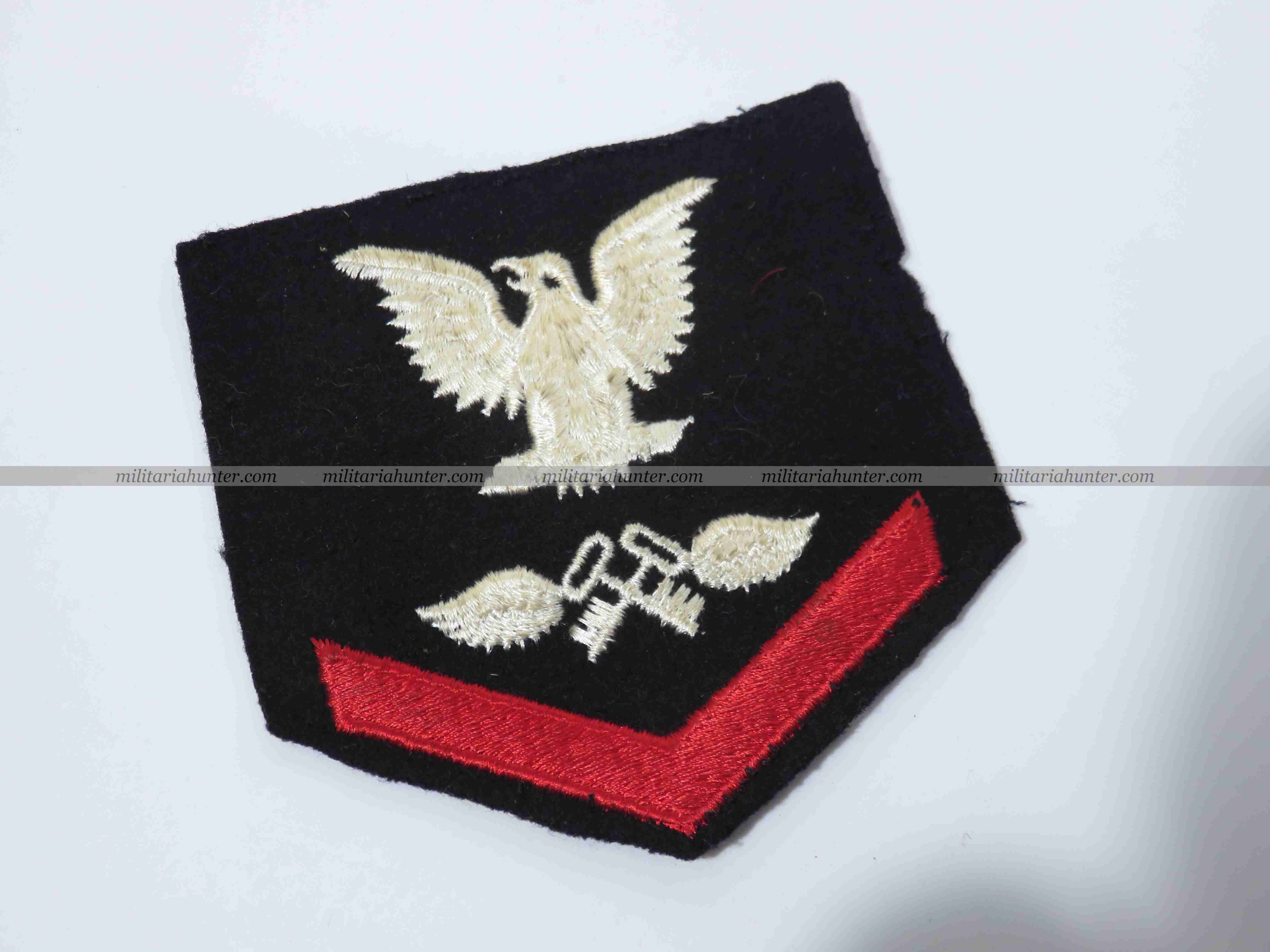 militaria : ww2 + Korea US Navy enlisted badge 3rd class petty officer aviation storekeeper