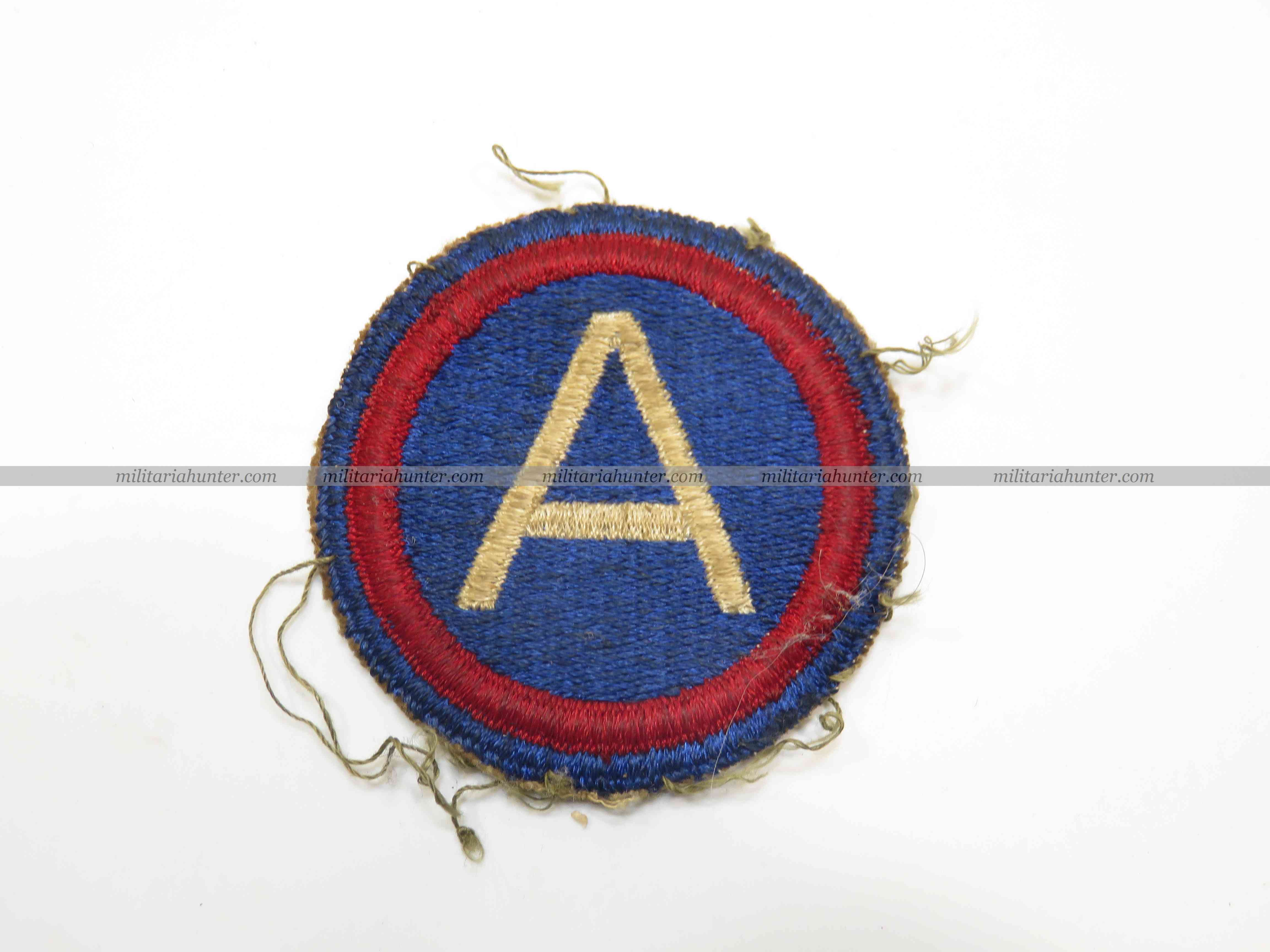 militaria : ww2 3rd Army patch cut edge OD border