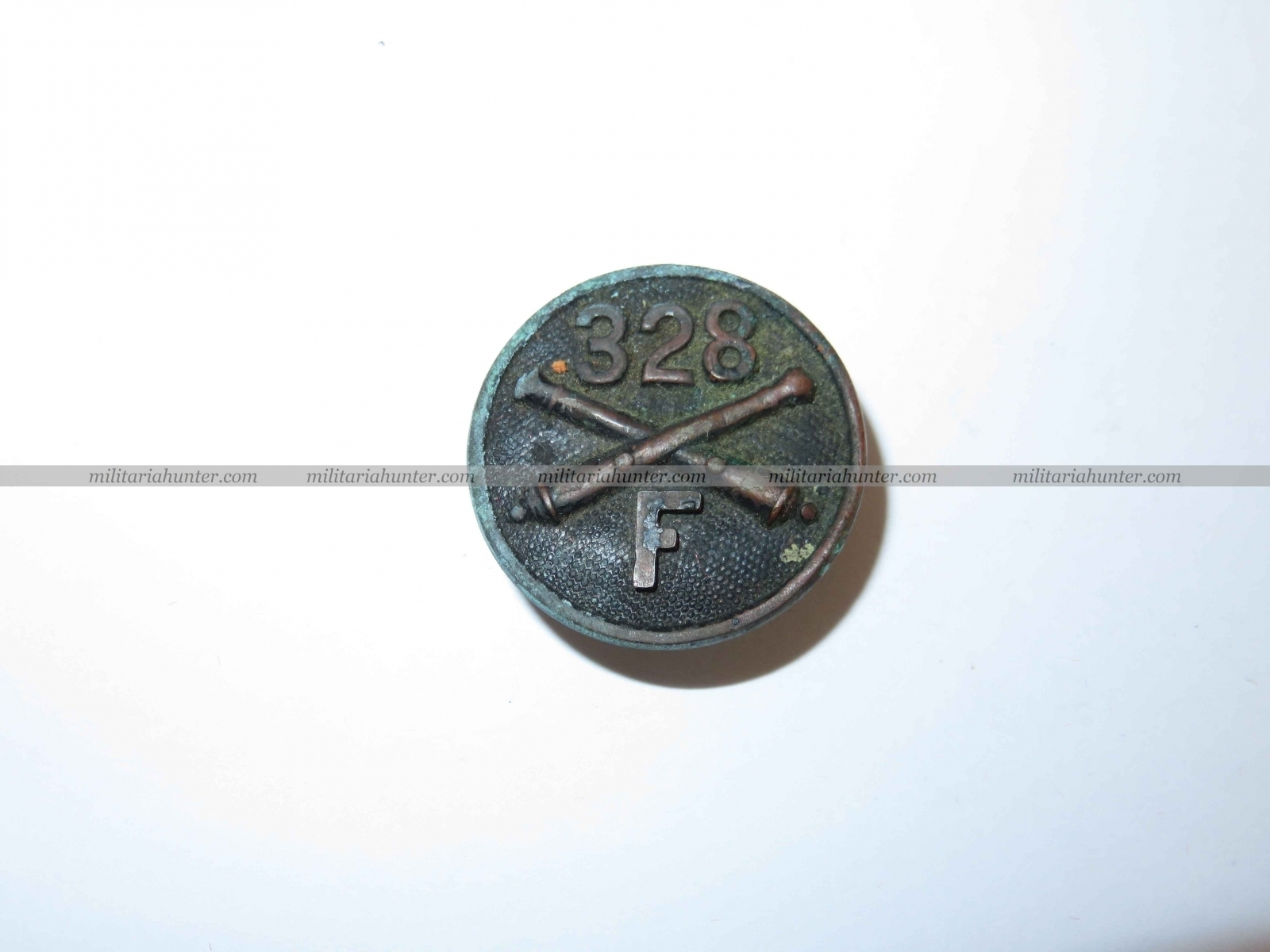 Militaria Hunter   Achat Vente Estimation Militaria ww1 ww2 Collar disc 328th Artillery ww1