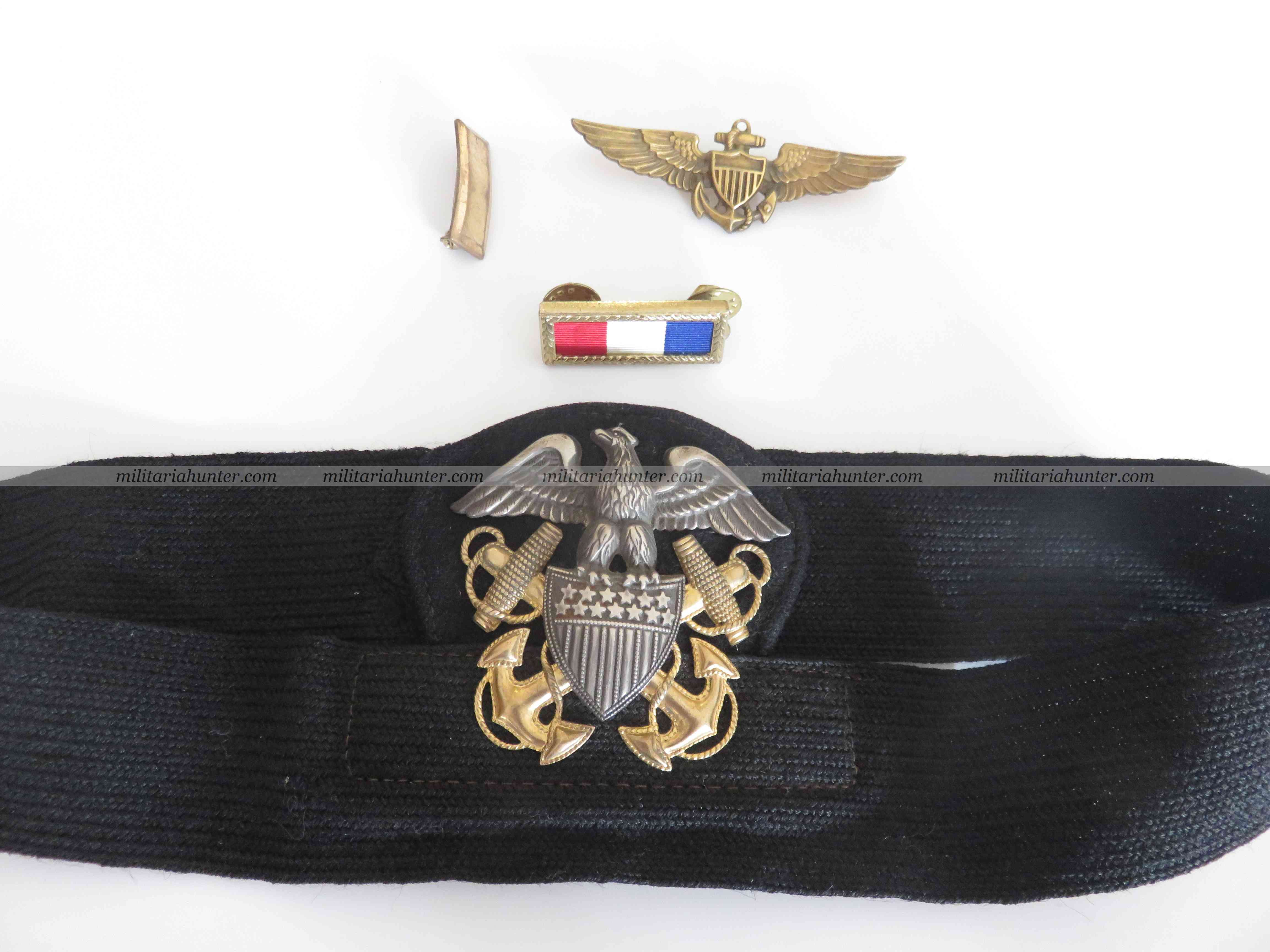 Militaria Hunter   Achat Vente Estimation Militaria ww1 ww2 ww2 USN Pilot insignia grouping with wings, grade, cap insignia