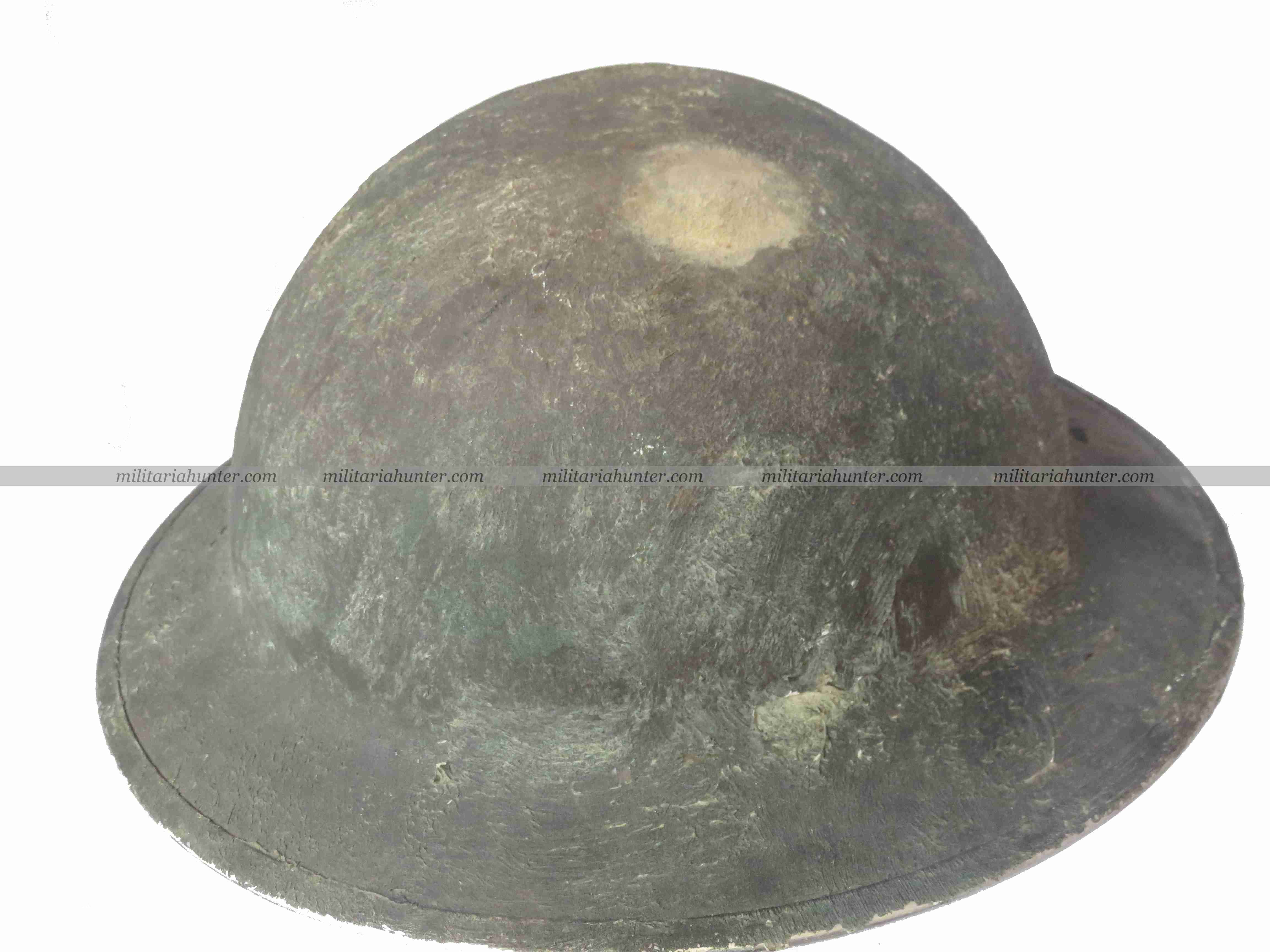 militaria : WW2 1941 Canadian Lieutenant Ford camouflaged MkII helmet CEF