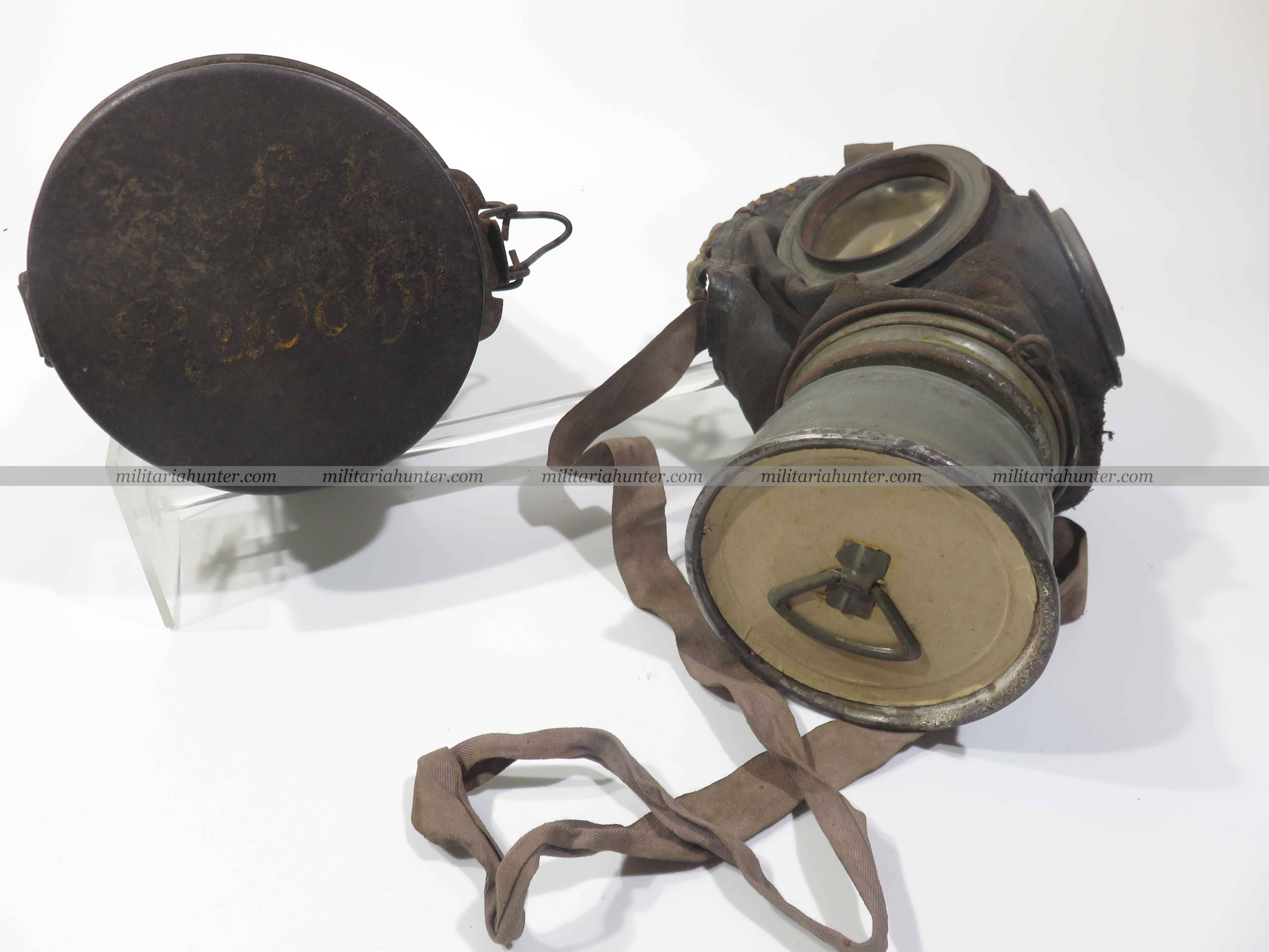 Militaria Hunter - Vente Militaria ww1 ww2 ww1 german named leather gas mask - Lederschutzmaske M1917