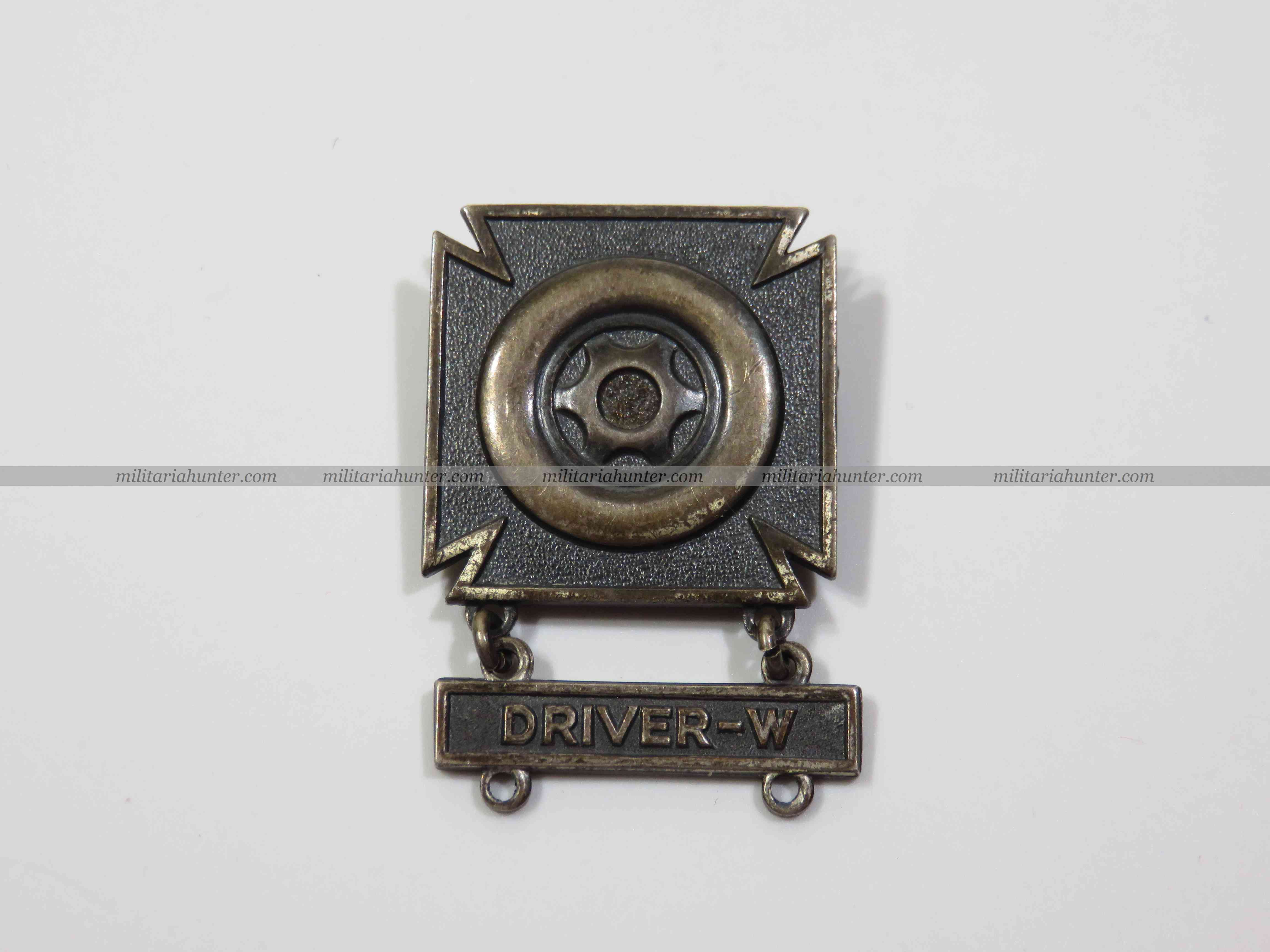 militaria : US ww2 qualification badge Driver Wheeled - conducteur de jeep et engin à roues